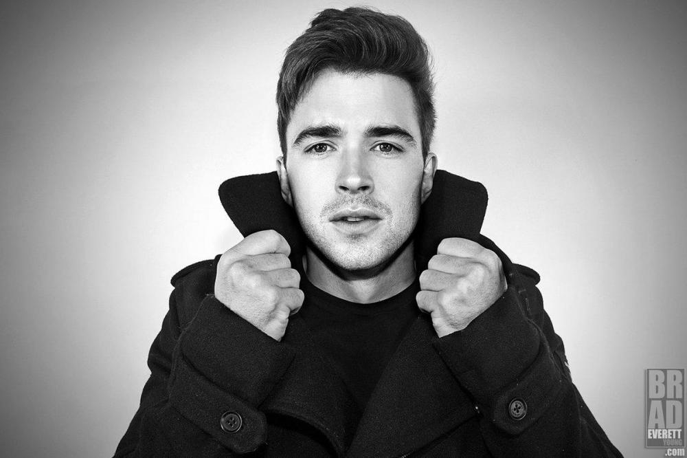 chandler massey single pic 1 photoshoot.jpg