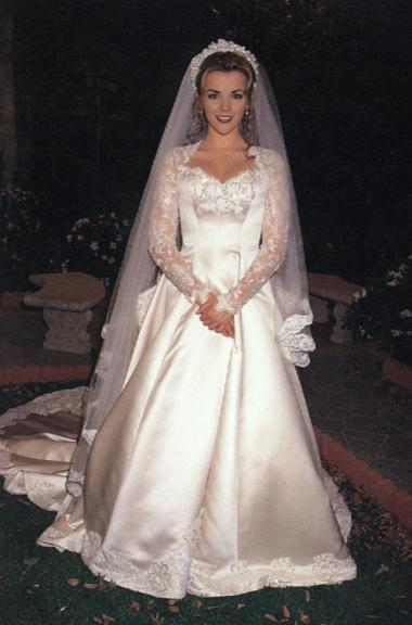Austin-and-Carrie-Wedding-days-of-our-lives-69563_380_576.jpg